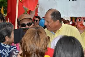Luis Guillermo Solis campaigning for Sunday's presidential runoff election in Costa Rica.