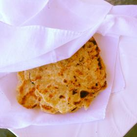 A plate of the food Roti