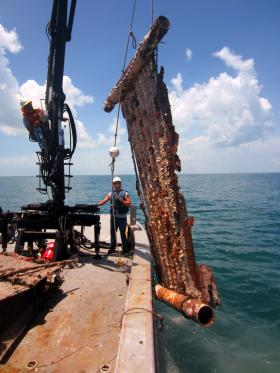 A huge casita being hauled up from the ocean floor off Johnston Key. Federal wildlife officials say these illegal lobster traps pose a serious threat to underwater life.