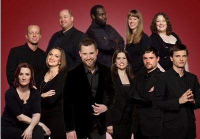 Seraphic Fire Ensemble, Patrick Dupre-Quigley (center)