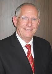 Leonard Elias