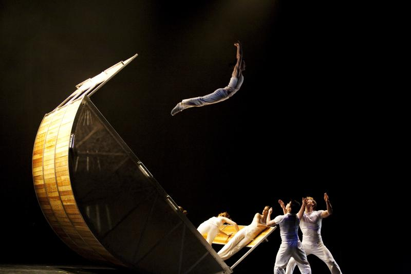 L.A. based Diavolo is known for is its acrobatic choreography executed on large, moving props.