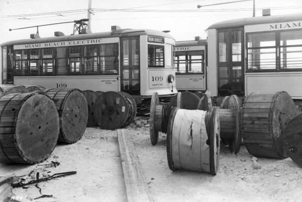 Miami Beach electric streetcars in 1922