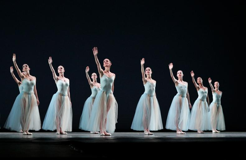 Miami City Ballet dancers in Serenade.