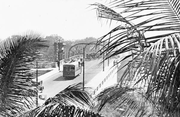 A trolley in Miami on the South West 2nd Ave. bridge in 1926