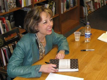 Janine Wedel at a book signing.