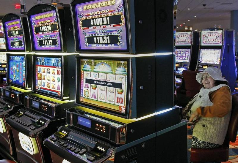 Gambling Monkeys' Risk-Taking Decisions Influenced By Area In Prefrontal Cortex : Shots - Health News : NPR