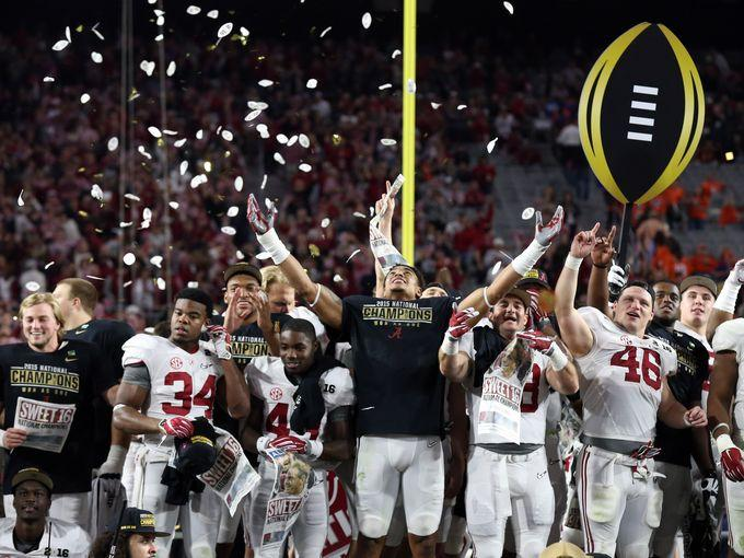 Alabama Crimson Tide players celebrate their win against the Clemson Tigers in the 2016 CFP National Championship game.