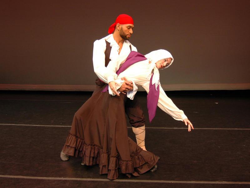 "Dance Now! Miami dancers Anthony Velazquez and Jenny Hegarty, performing Doris Humphrey's ""Ritmo Jondo."""
