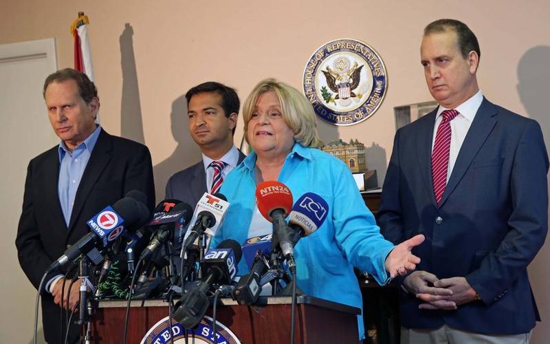 Rep. Ileana Ros-Lehtinen is joined by, from left, former U.S. Rep. Lincoln Diaz-Balart and U.S. Reps. Carlos Curbelo and Mario Diaz-Balart.