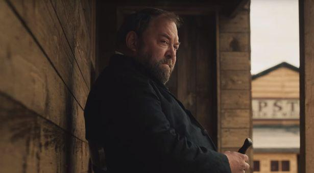 Mark Addy as Earl Bamford