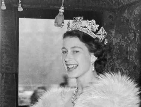 The Queen 1952, on her way to her first State Opening of Parliament
