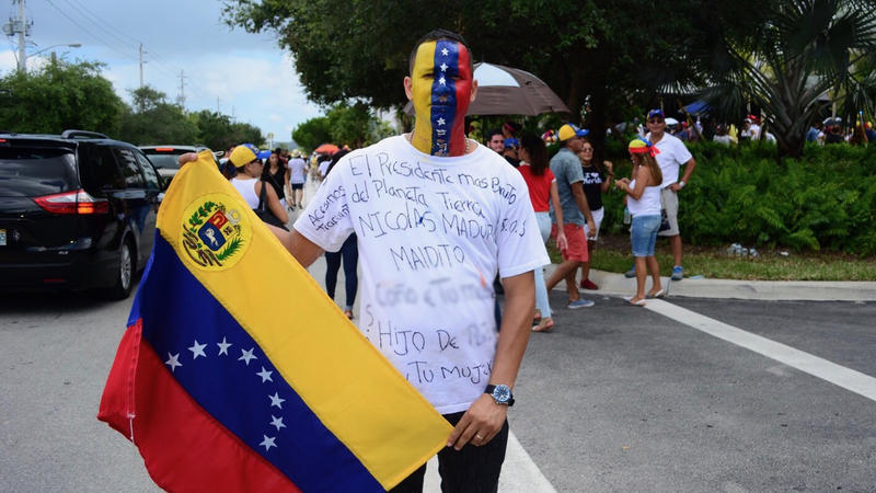 Luis Rodriguez is one of thousands in Miami protesting and voting against #Venezuela's President's plans to change their constitution.