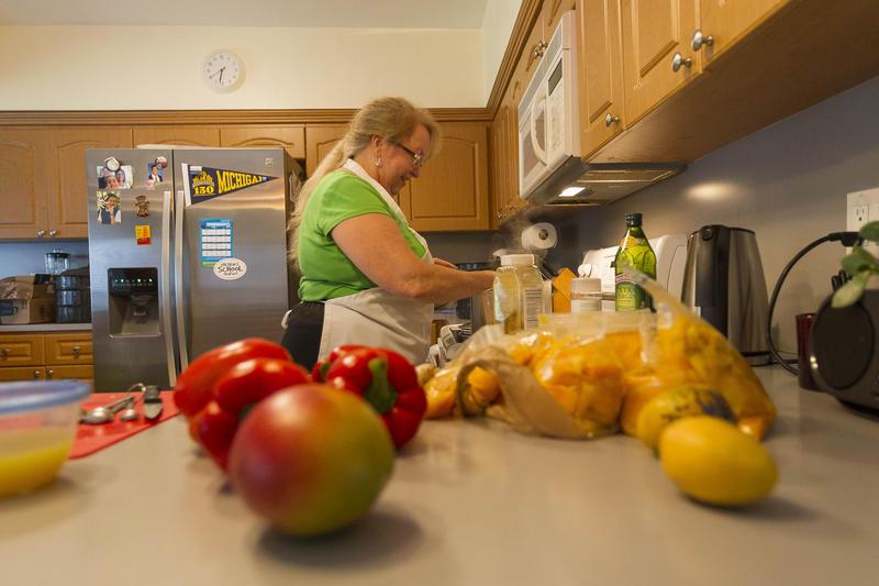 Mae Miller makes her mango chutney.
