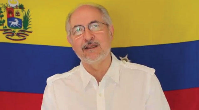 While still under house arrest, Antonio Ledezma circulated a video criticizing the elections called by the government for a new constitutional assembly.