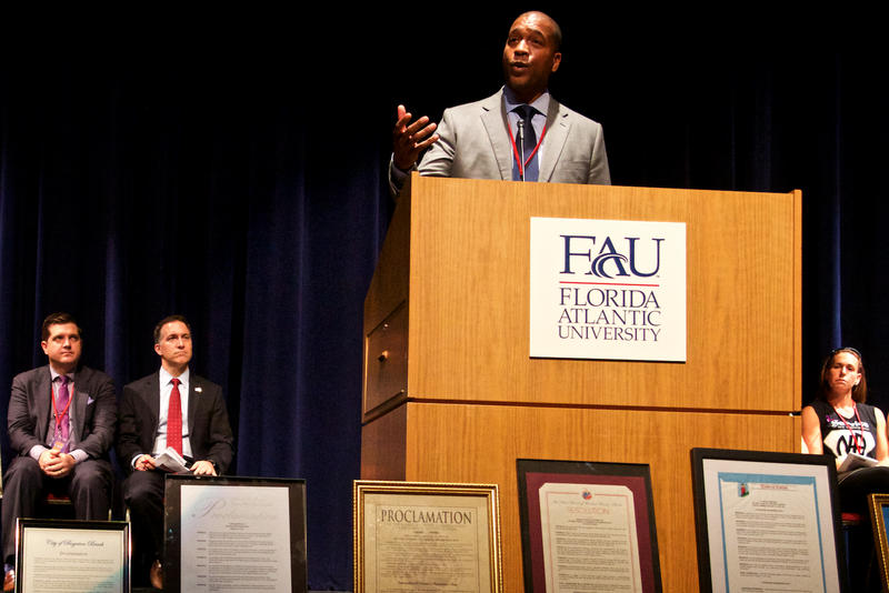 Miami-Dade County Deputy Mayor Russell Benford speaks on combatting the opioid overdose epidemic at the FedUp 2017 rally at Florida Atlantic University on Aug. 31, 2017.