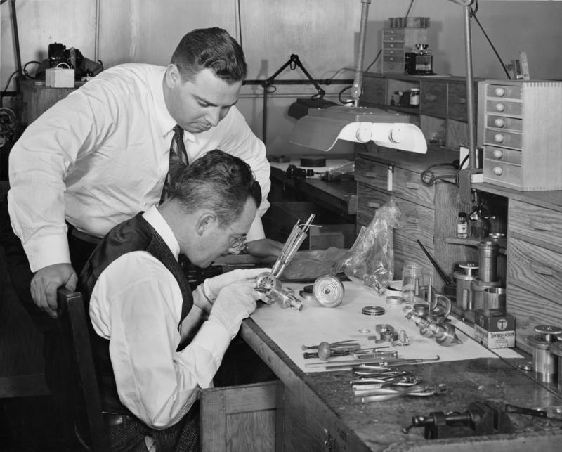 Working with cavity magnetron, circa 1943