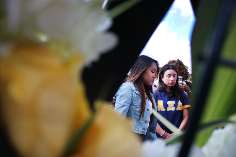 Friends of Alexa Duran, the FIU student killed in the bridge collapse last week, mourn their loss during the vigil held on March 21, 2018 for all of the victims.