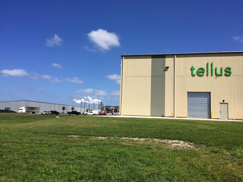 Tellus Products's new state-of-the-art facility in Belle Glade uses leftover sugarcane fiber, or bagasse, to produce biodegradable plates, bowls and take-out containers.