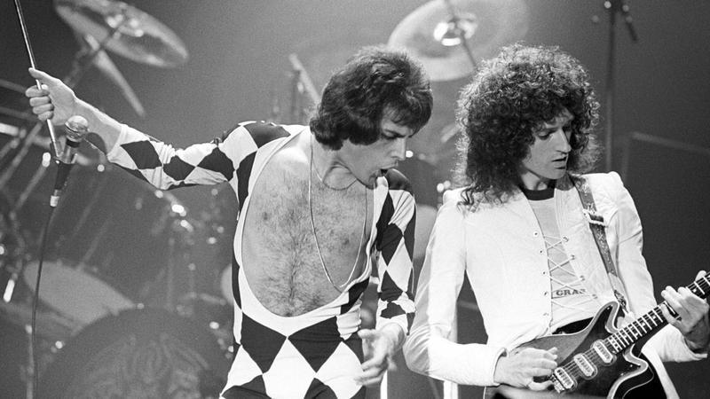 Freddie Mercury, Brain May - Queen Rock The World
