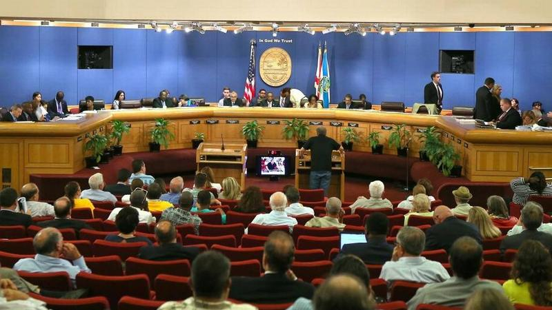 The Miami-Dade County Commission voted Thursday to limit the expansion of BridgePrep Academy charter school in West Kendall to prevent more traffic.