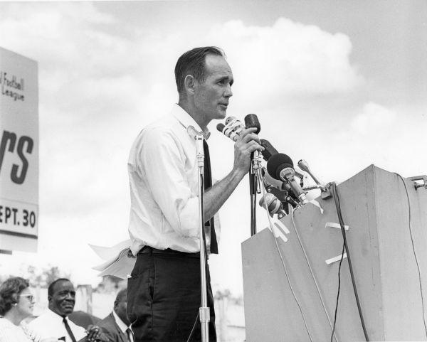 Phil Constans, Florida Education Association executive secretary, speaks at the Tangerine Bowl gathering in August 1967.