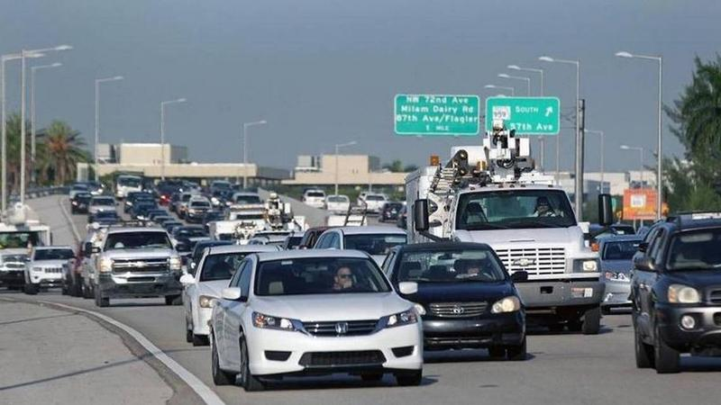 A rush hour view of the 836 expressway. Miami-Dade commissioners approved a $650 million plan to extend the toll roads 14 miles southwest into West Kendall.