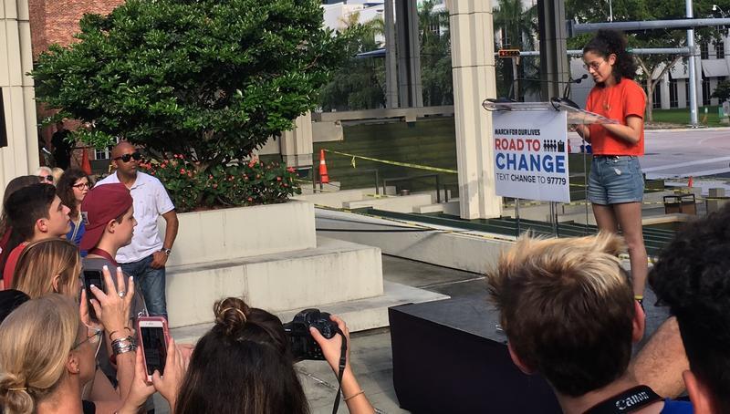 MSD student activist reading poety about gun violence.