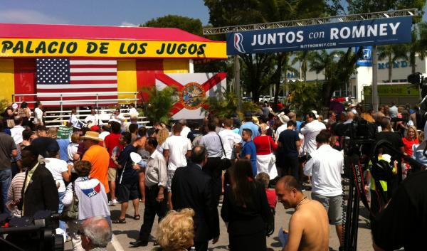 Hundreds braved punishing heat and humidity at El Palacio de los Jugos for a glimpse of Mitt Romney.