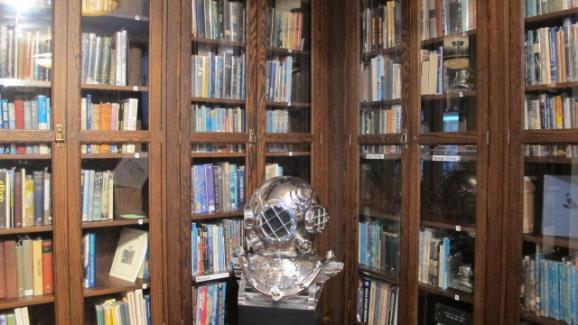 The library inside Islamorada's History of Diving Museum.
