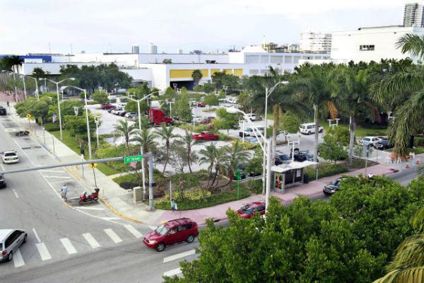 The 17th Street corridor, from the 17th Street parking garage east to The Fillmore Miami Beach at Jackie Gleason Theater, figures largely in the Miami Beach Convention Center project.