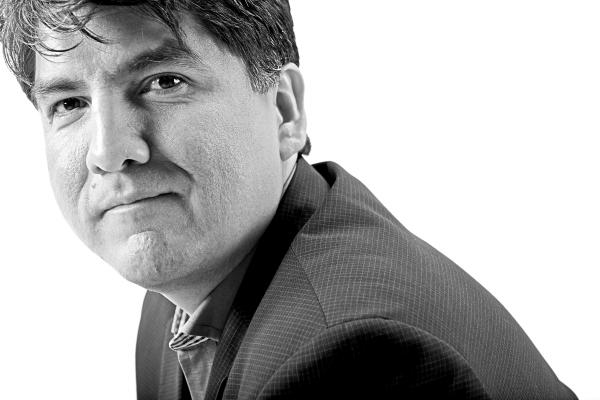 Sherman Alexie returns to Miami Book Fair International on Tuesday night