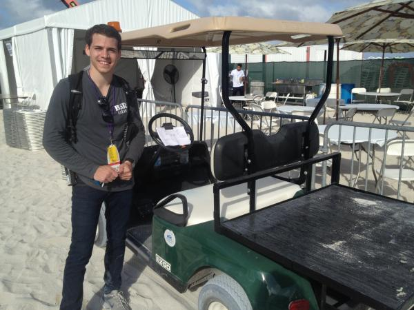 Octavio Araujo is one of the FIU students keeping things under control at SOBEWFF