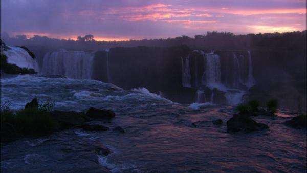 Wild! Megafalls of Iguacu