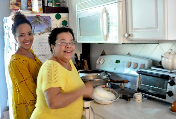 Amazing The Cuban Kitchen: How Nitza Villapol Brought Mother, Daughter Closer  Together