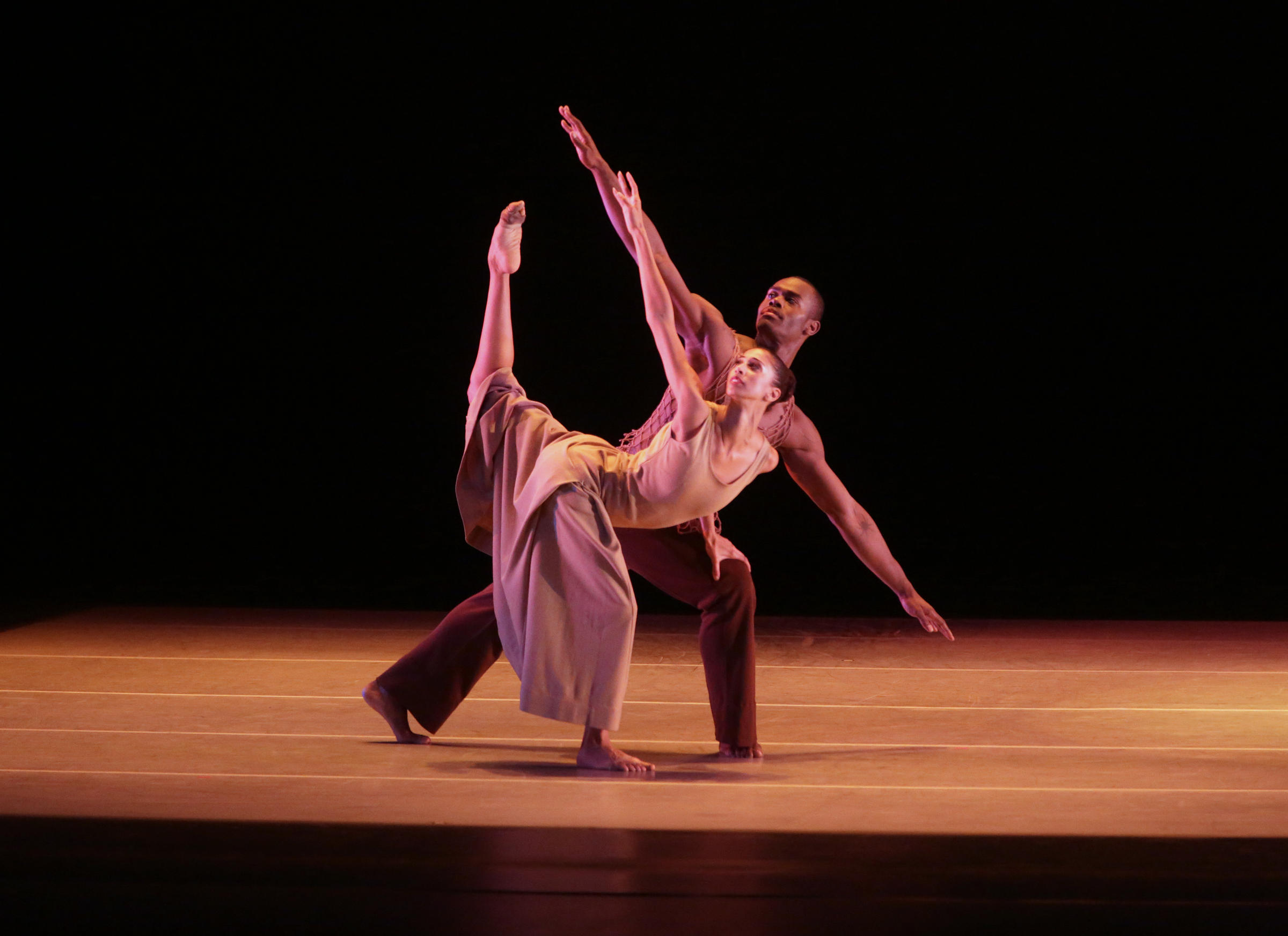 a review of modern dance since 1890 Modern dance history i'll use the expression modern dance history to talk about figures, choreographic productions and related facts occurred in western culture between the end of the xix century and the 1950s.