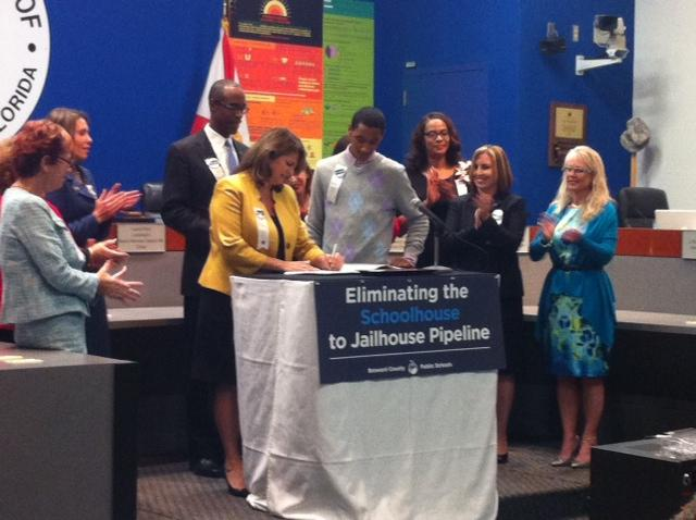 Broward County School Board Signs Agreement Aimed At Reducing On-Campus  Arrests