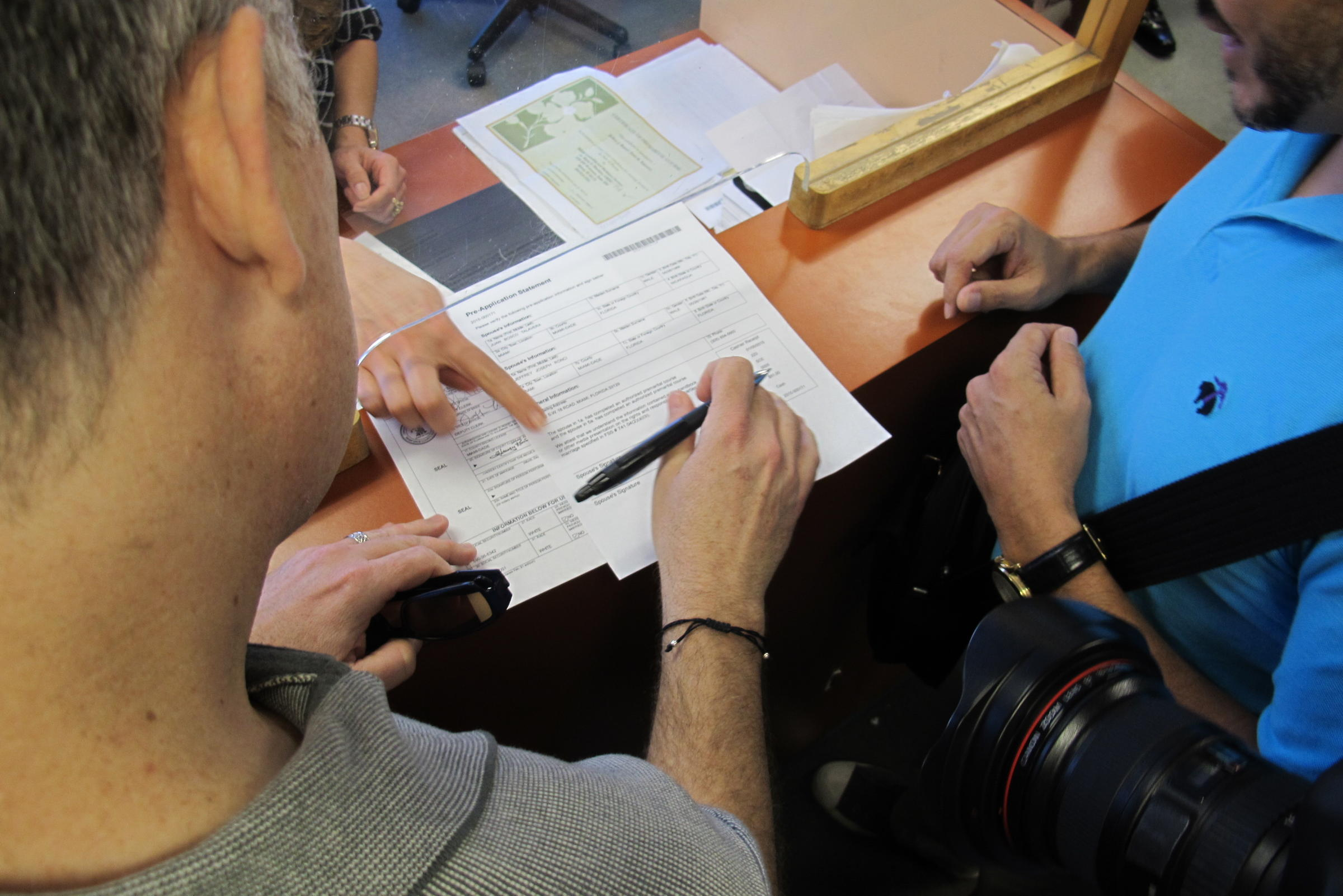 Miami Dade Couple Getting Marriage License The Mundane Becomes