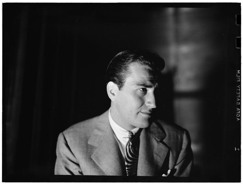 Portrait of Artie Shaw, New York, N.Y., between 1946 and 1948.