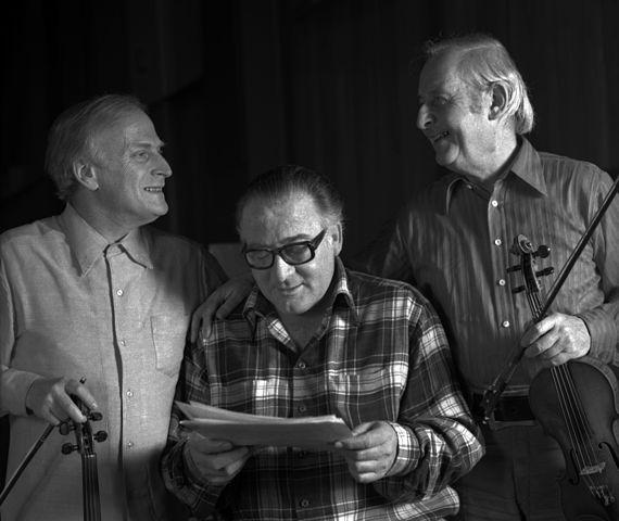Alan Clare (ctr) with Yehudi Menuhin (l)and Stephane Grappelli (r) at  Abbey Road Studios London.