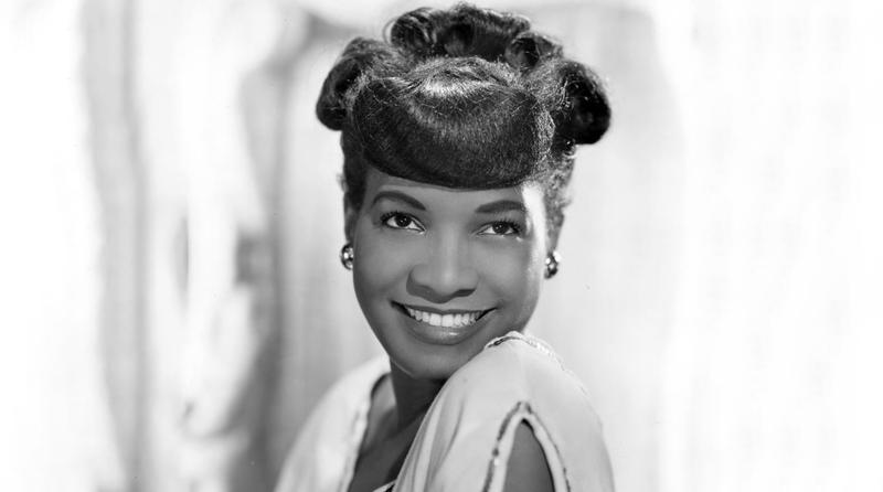 An early publicity photo of Carline Ray.