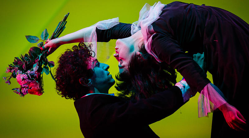 Daisy Maywood and Marc Antolin in The Flying Lovers of Vitebsk.