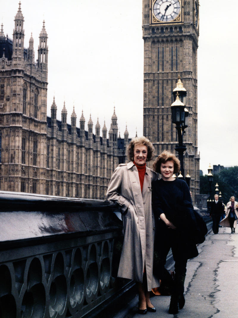 Marian McPartland and Shari Hutchinson, London Bridge, 1991