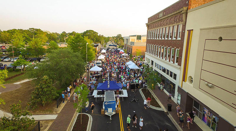 Florence After Five event in downtown Florence