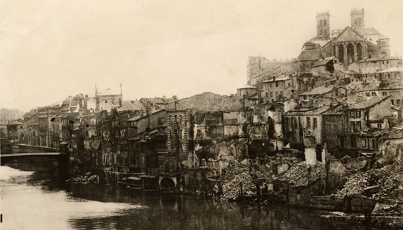 Devastation caused by the Battle of Verdun (1916). To celebrate the restoration of the town's ruined cathedral (upper right), composer Marcel Dupré wrote his Poème Héroïque.