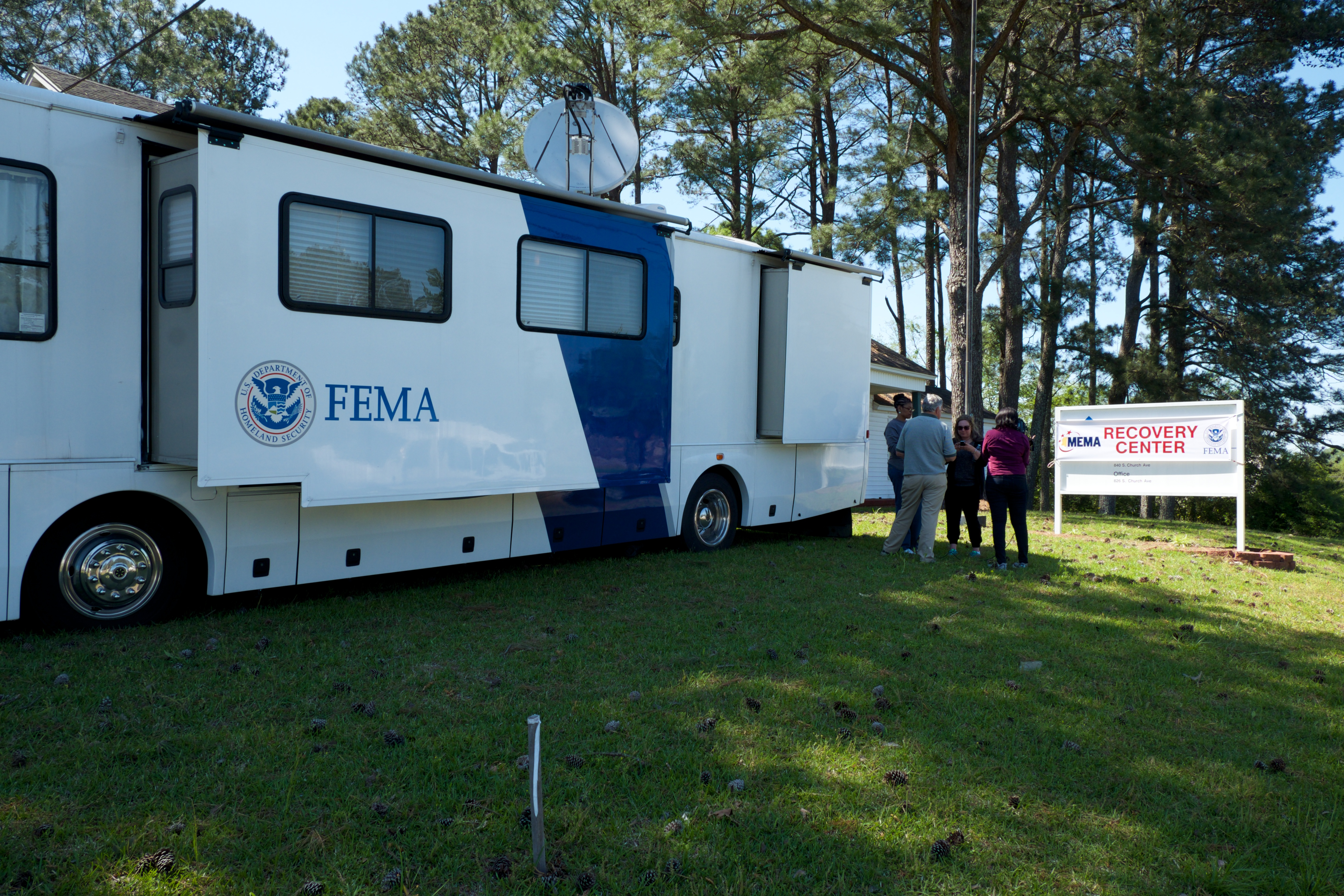 Fema disaster recovery centers open in louisville