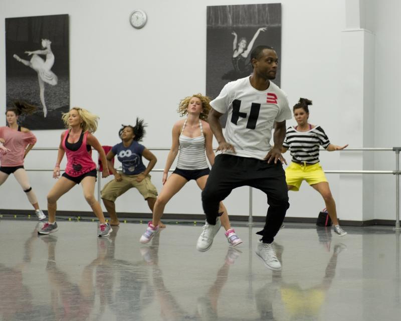Adults hip hop classes