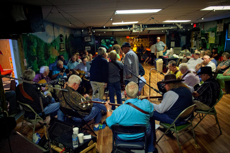 The formal jam that is Larry's Grand Ole Garage has been a fixture in Madison, TN for more than fifteen years.