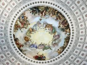 1865 fresco Apotheosis of Washington painted inside US Capitol dome. Photo by Wikipedia user Raul654