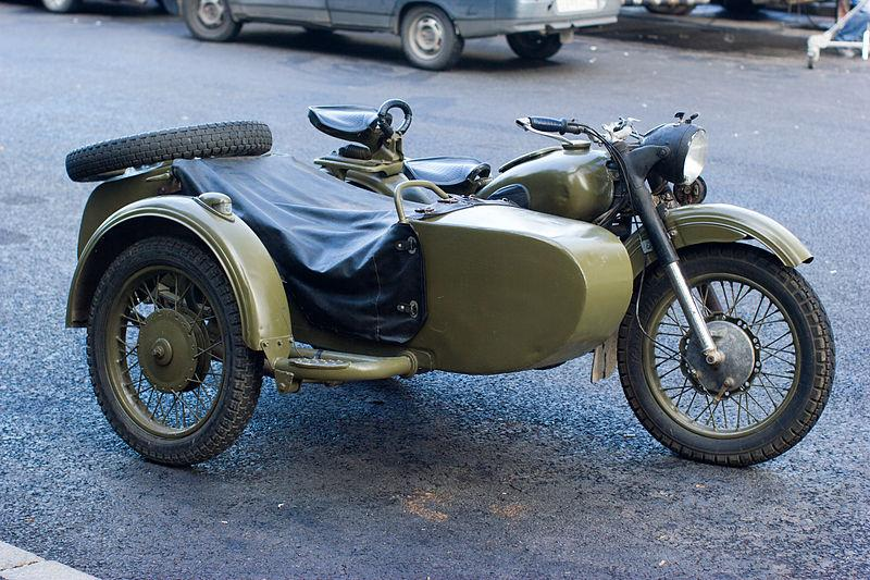 Vintage motorcycle.  Photo credit: Wikipedia Commons user Victorgrigas.